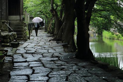 八幡堀の石畳